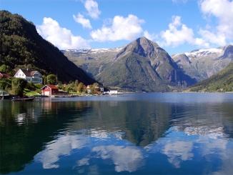Fiordurile (NORVEGIA) – SUEDIA – ...