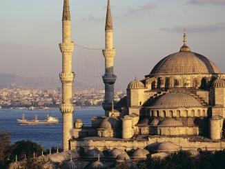 ISTANBUL-Insula Printului     PROGRAM ...